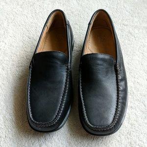 NWOT Jos. A Banks Black Loafers